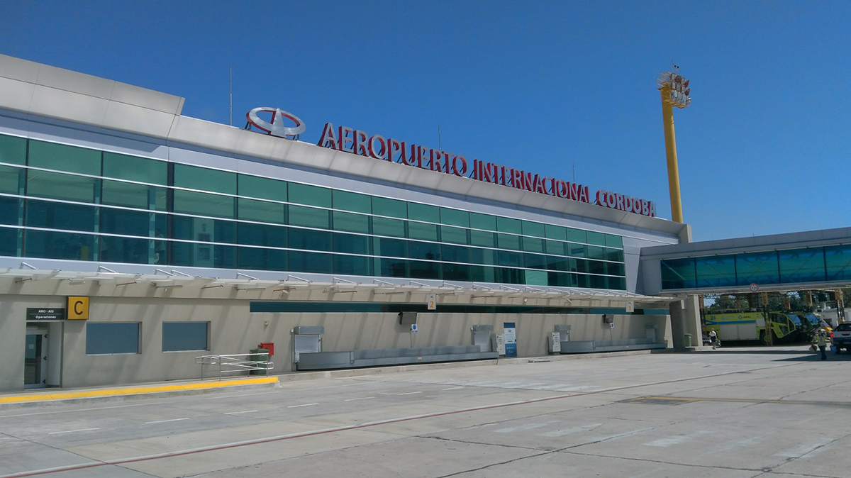 aeropuerto internacional ingeniero ambrosio taravella